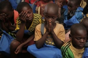 children_praying